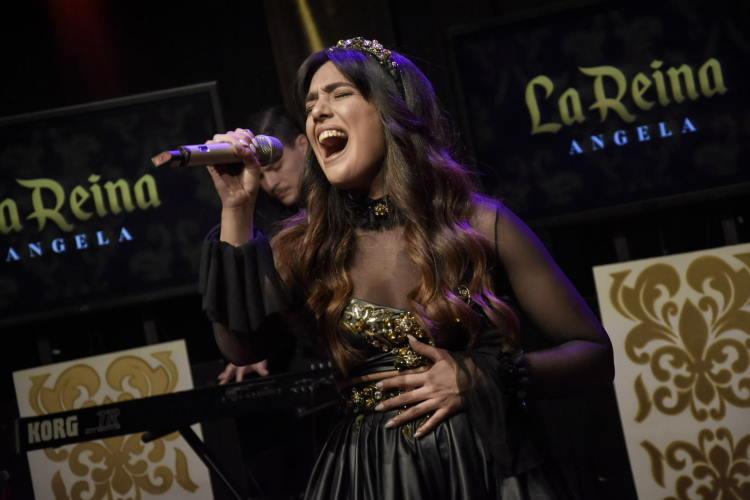 Angela Leiva en Rosario