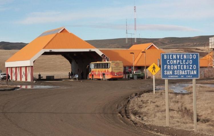 Pasos fronterizos de Tierra del Fuego-Chile