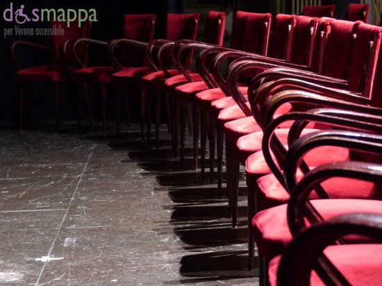 0150928 Sedie velluto rosso palco Teatro Nuovo Verona dismappa 20