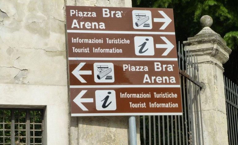20121014-piazzabrarenainformazionituristiche