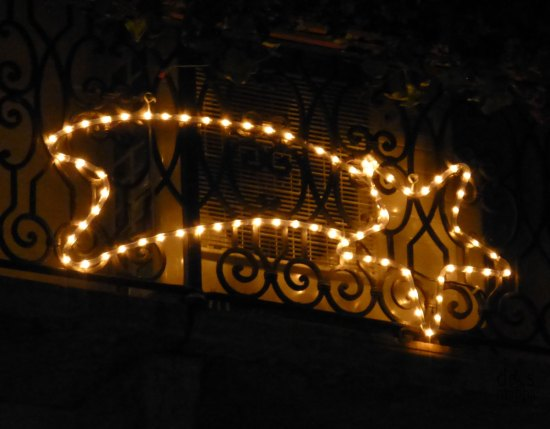 stella cometa luminosa balcone a verona