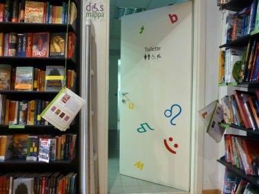 porta entrata bagno accessibile disabili carrozzina libreria feltrinelliverona