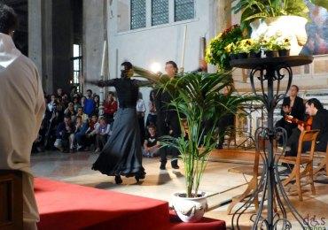 La Misa Flamenca della Chiesa di San Fermo Maggiore a Verona, ha coniugato in modo poetico e rispettoso arte e spiritualità. Una danza che si fa preghiera, nel rispetto del luogo e della situazione e, al tempo stesso, grande espressione artistica. La Misa Flamenca fa parte della cultura andalusa e prevede la partecipazione di due cantatores, Momi de Cadiz e Gema Maria Caballero, che cantano con l'espressività tipica del flamenco le preghiere della Messa, accompagnati dal grande chitarrista Antonio Espanadero e affiancati da due danzatori di livello internazionale, Miguel Angel e Maribel Espino.