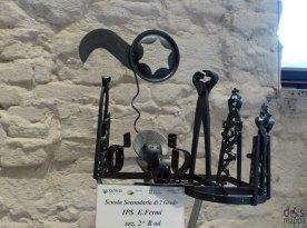 Pinze, tenaglie e attrezzi - Mostra concorso dei presepi con materiali riciclati a Palazzo della Ragione Verona