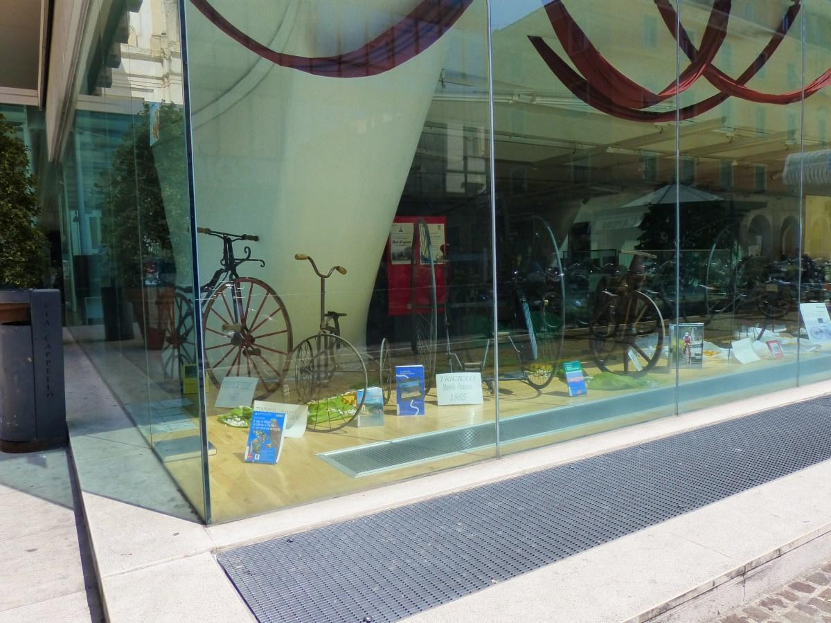 Mostra-Esposizione di bici d'epoca alla Biblioteca Civica di Verona