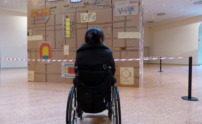 carrozzina disabile a verona all'installazione sul magnetismo alla gran guardia per infinitamente 2013