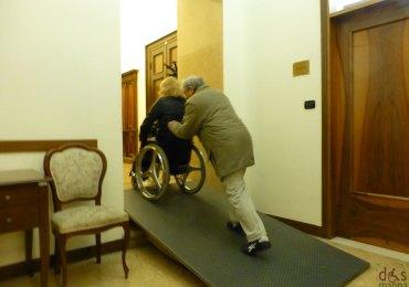 comune di verona, la rampa per le carrozzine dei disabili