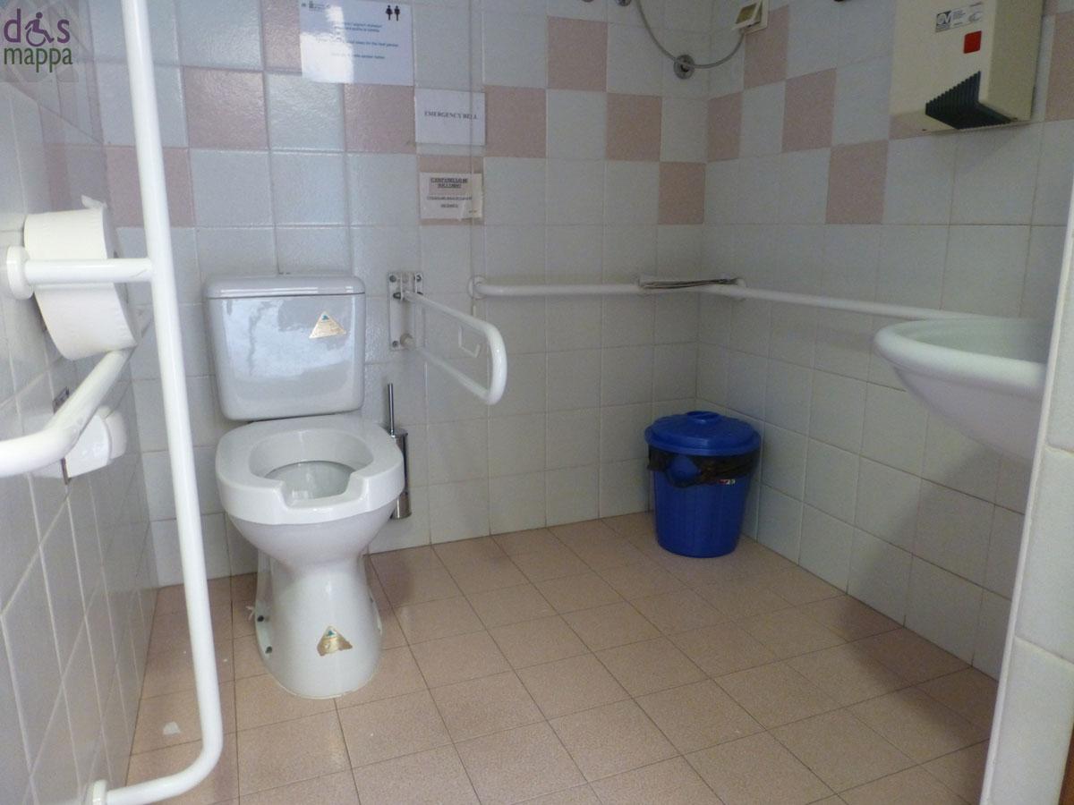 Toilette accessibile e attrezzata al Museo di Storia naturale di ...