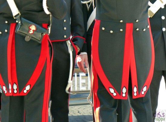 divise alta uniforme dei carabinieri, in piazza bra per il 25 aprile