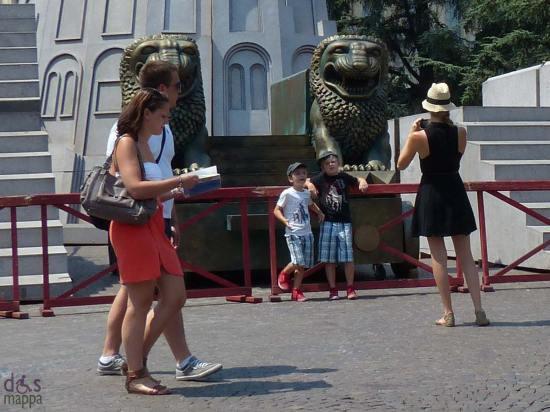 guida-verona-turisti-foto-scenografie-arena
