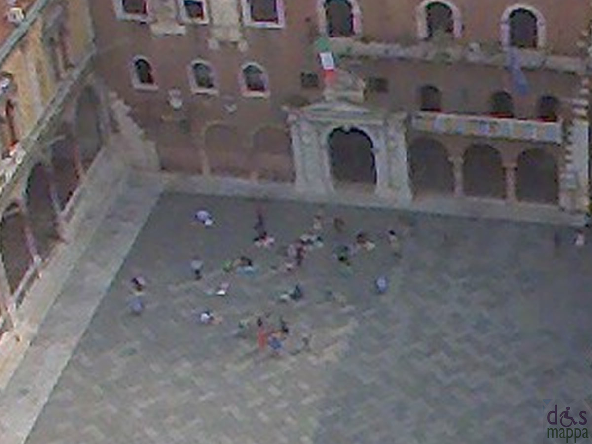 madonnari-piazza-dante-webcam