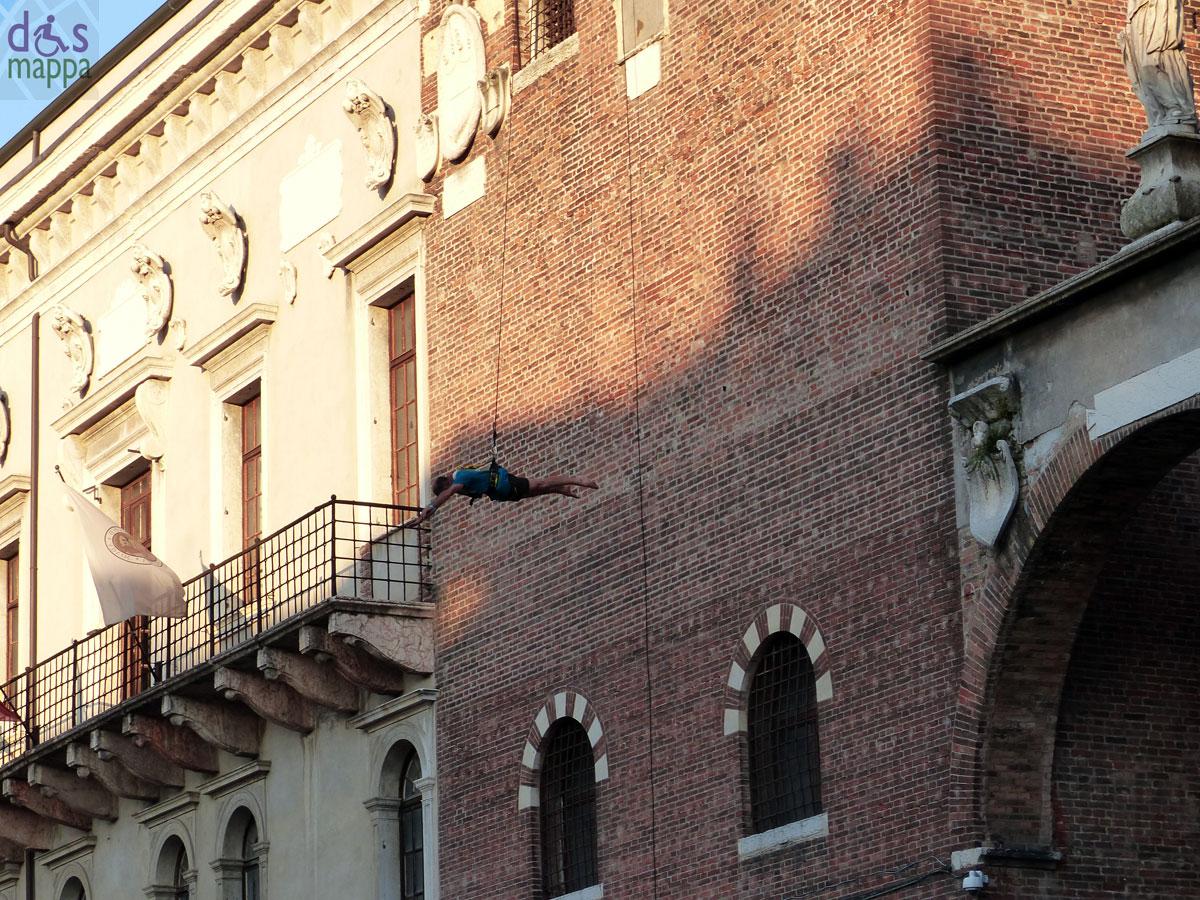 acrobata-palazzo-capitano-verona