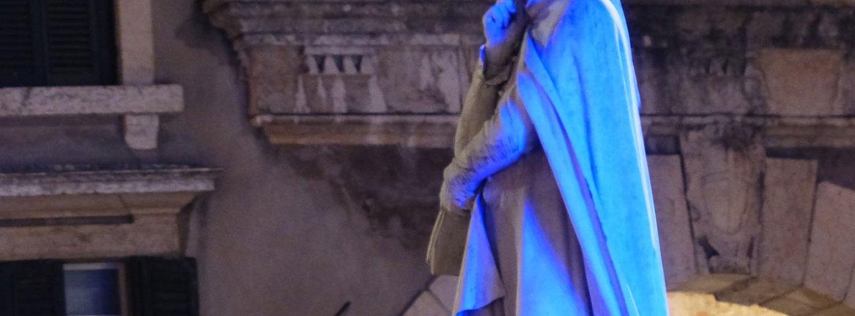 verona-statua-dante-lilla