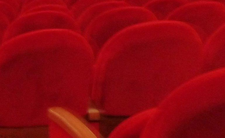 20130913-poltrone-platea-teatro-nuovo-verona