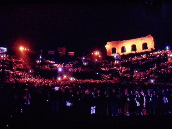 20131007-gianni-morandi-diretta-tv-arena-verona