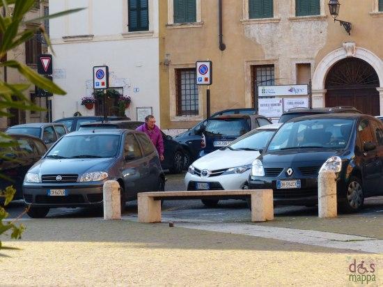 20131207 parcheggi disabili piazza duomo verona
