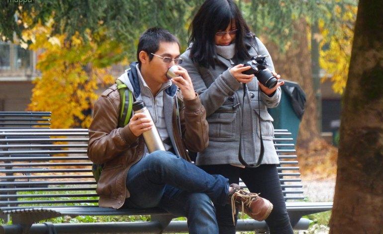 20131227 Turisti termos foto Piazza Indipendenza Verona