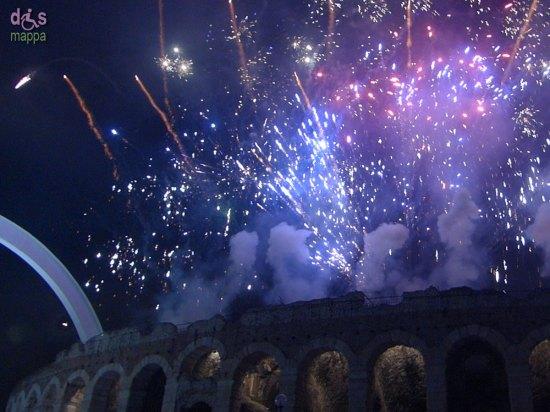 20140101-fuochi-artificio-arena-verona-capodanno-02