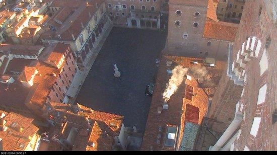 20140106 raggi sole tetti piazza dante webcam verona