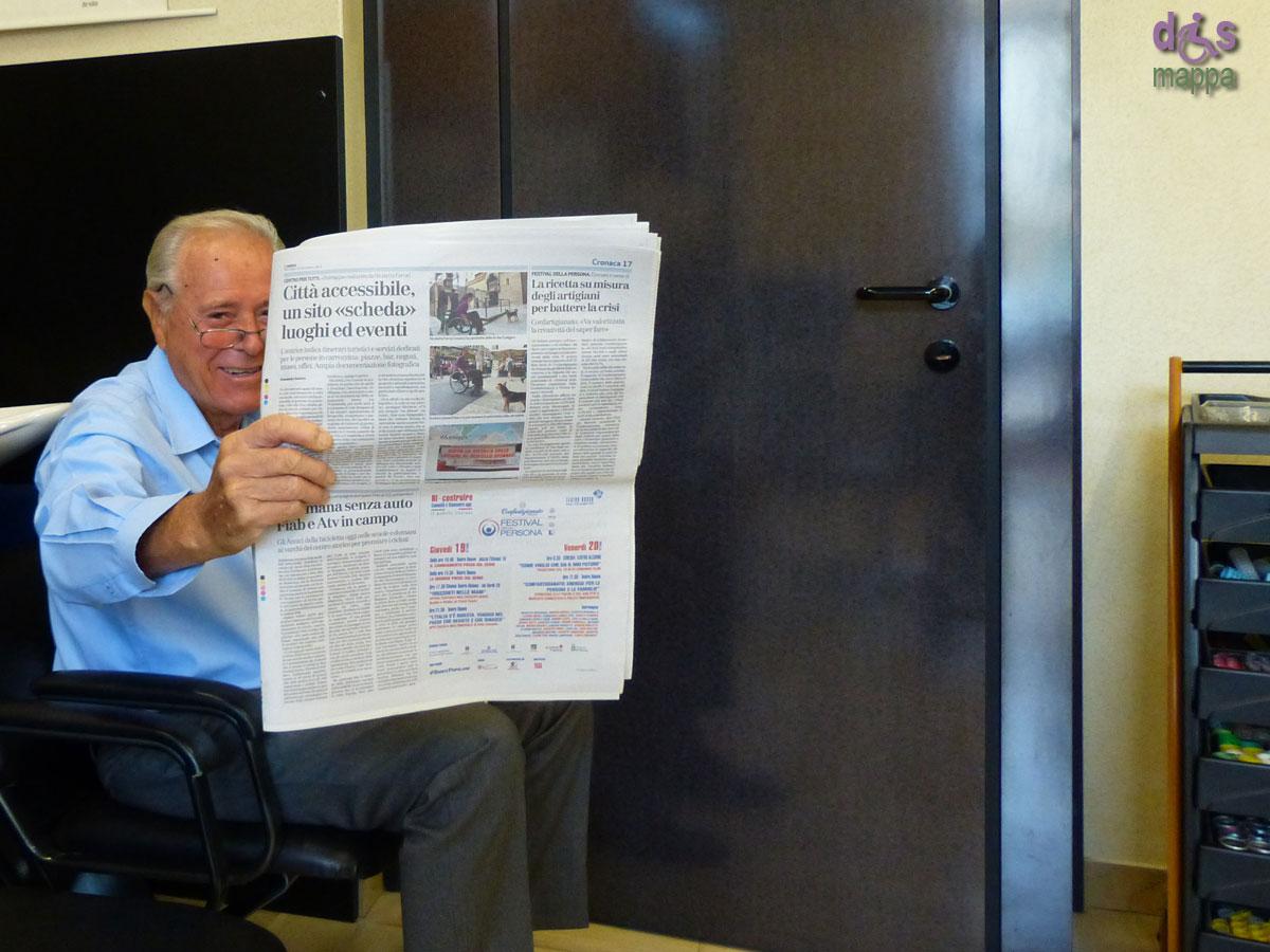 20130918 Signor Zeno legge articolo dismappa lArena Verona