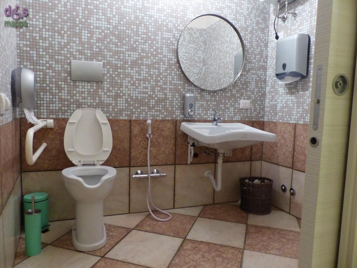 Neat porta scorrevole bagno disabili qo85 pineglen - Bagno barriere architettoniche ...