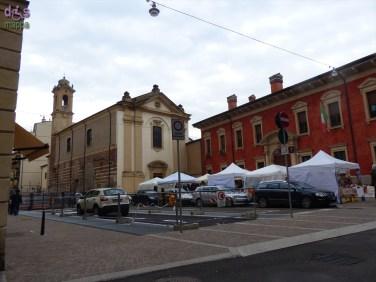 Mercatino prodotti artigianali Piazza Arditi