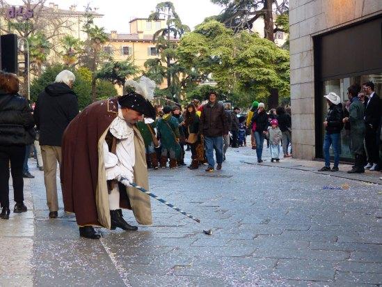 20140228 Maschera carnevale sfilata scianco Verona