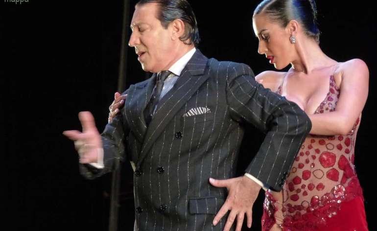 Esibizione Tango x 2 al Teatro Romano di Verona al Gala Internazionale Stelle della danza