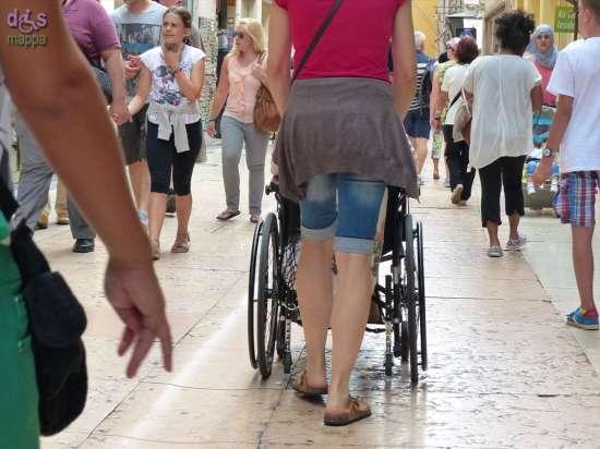 20140731 Carrozzina disabile via Mazzini Verona