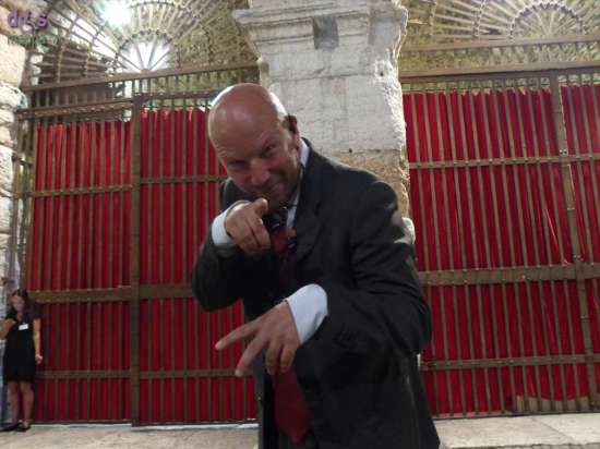 Marco prima dell'opera Carmen all'Arena di Verona