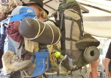 20140808 Turisti backpackers Piazza Erbe Verona