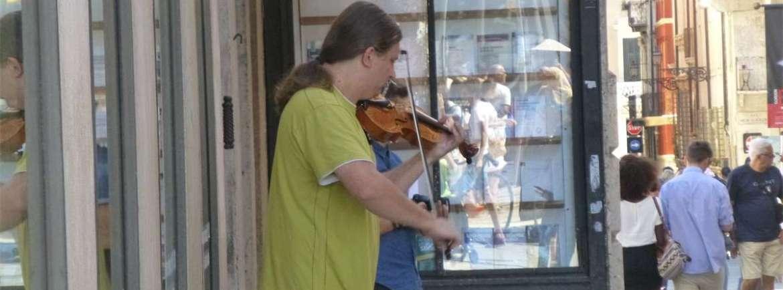 20140817 Violinista di strada Verona
