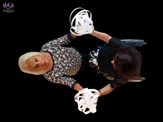 Mondi accessibili: gioiello scultura per carrozzina di Piera Leganghi per dismappa