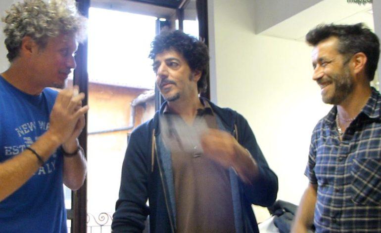 Niccolò Fabi, Daniele Silvestri e Max Gazzè hanno presentato sabato scorso a La Feltrinelli, dal vivo, il nuovo attesissimo album Il padrone della festa... e testimoniato per l'accessibilità!