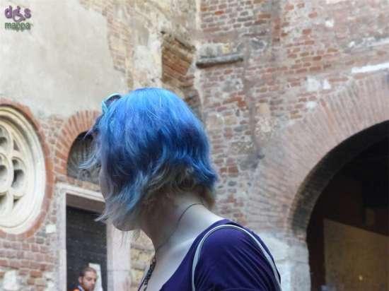 20141002 Turista capelli azzurri Verona