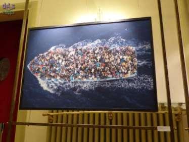 """9 ottobre ore 19.00 / Teatro Nuovo """"ZENIT: fotografia in arte"""" mostra fotografica di Massimo Sestini Inaugurazione giovedì 9 ottobre ore 19.00"""