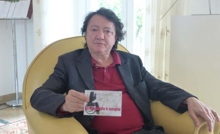 Il critico d'arte Claudio Cerritelli, docente di Storia dell'arte contemporanea all'Accademia di Breara, ha regalato la sua testimonianza di accessibilità per dismappa in occasione dell'inaugurazione Escape di Piera Legnaghi.