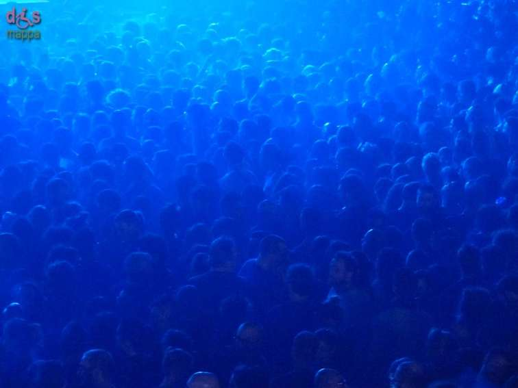 20141115 Concerto Subsonica Verona pubblico blu 99