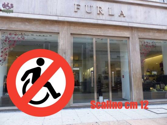 58-Furla-via-Mazzini-Verona-Accessibilita-disabili