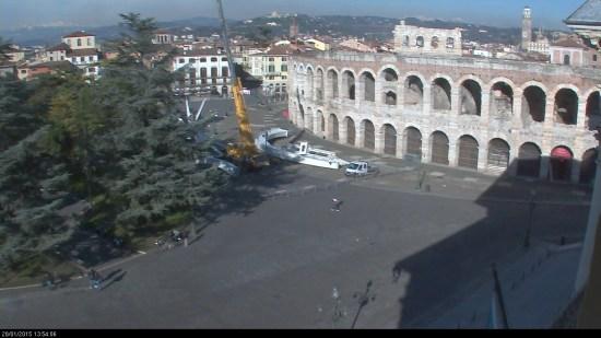 20150128 Smontaggio stella cometa Arena di Verona
