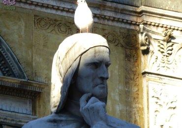 20121203 Statua Dante Alighieri Piazza dei Signori Verona