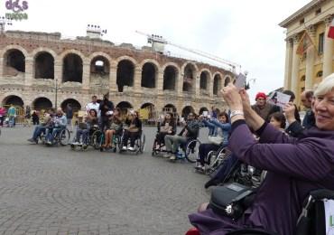 Le testimonianze di accessibilità dei partecipanti alla manifestazione 25 aprile Liberiamo le barriere (vedi articolo) a cui hanno partecipato persone con disabilità motoria e persone che per qualche ora hanno voluto provare a visitare il centro storico di Verona da un'altra prospettiva