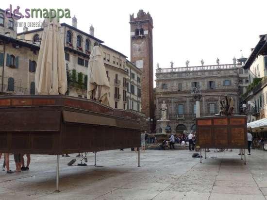 20150620 Bancarelle Piazza delle Erbe Verona dismappa 453