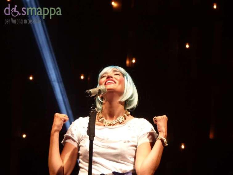 20150620 Nina Zilli Frasi Fumo Tour Verona dismappa 10305