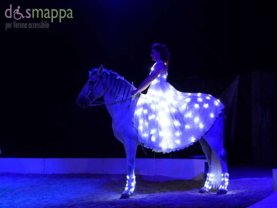 20150625 White teatro equestre Verona dismappa 995