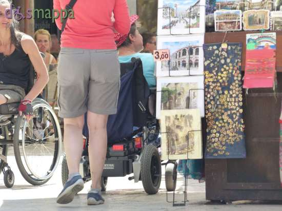 20150701 Disabili carrozzina Piazza Erbe Verona dismappa