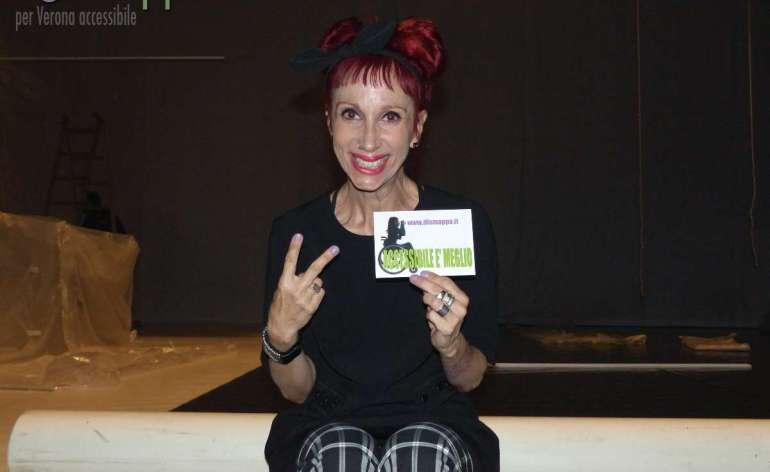 Marisa Ragazzo, regista e coreografa di Sakura Blues e fondatrice della DaCru Dance Company, testimone di accessibilità per dismappa dopo lo spettacolo al Teatro Camploy di Verona