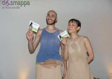 I danzatori Midori Watanabe e Gianluca Possidente testimoni di accessibilità per dismappa dopo il balletto De Rerum Natura (Ersiliadanza) al Teatro Camploy di Verona