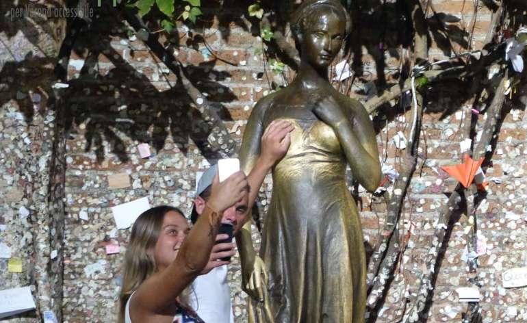 20150831 Selfie Casa Giulietta Verona dismappa