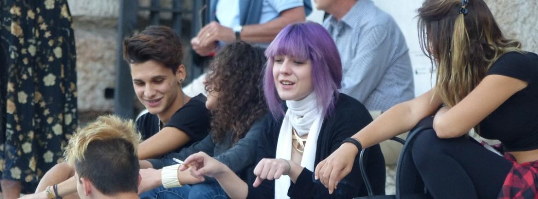 20150905 Ragazza capelli viola Gran Guardia Verona dismappa